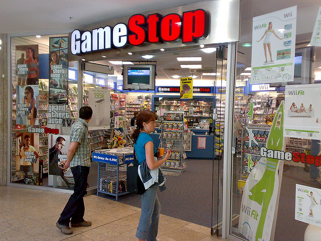 Gamestop's Future Depends On Refurbished Apple Products