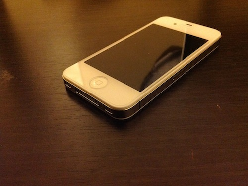 iPhone with GLAS.t