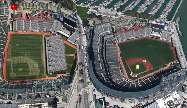 A Side By Side Comparision Of Apple And Google S 3d Map Offerings